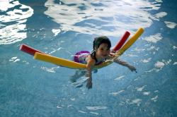 Ostatnie wolne miejsca na kursy nauki i doskonalenia pływania
